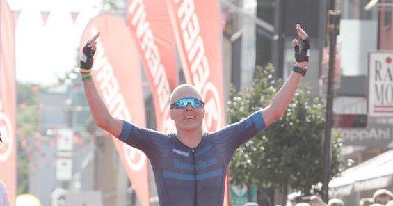 Kummiurheilijamme Kalmarin Ironman-kisassa huippuaikaan
